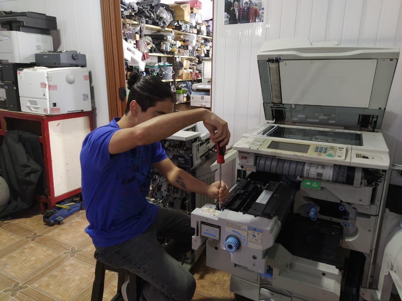 Servicio técnico en fotocopiadoras y equipos informáticos