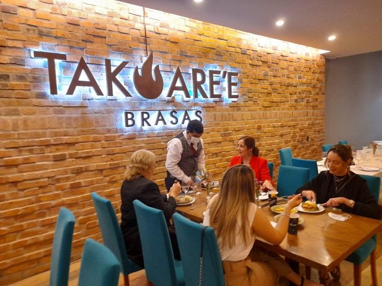 Takuare'e Brasas, cocina internacional con sabor tradicional en el corazón del centro corporativo de Asunción