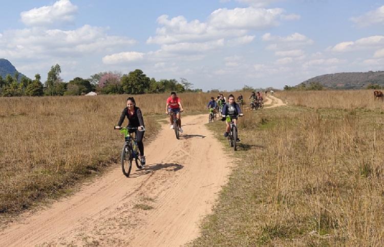 Inauguran primer tramo piloto de la bicisenda más larga de Latinoamérica en Paraguay
